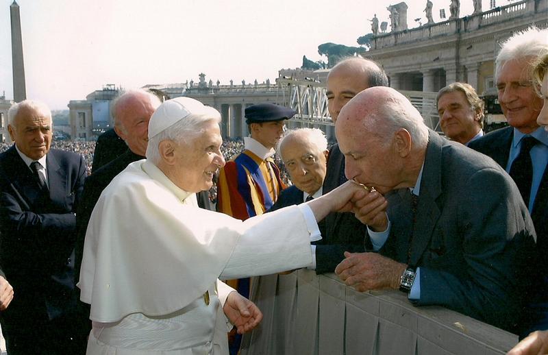 Ruspoi con Sua Santità Benedetto XVI a Piazza San Pietro
