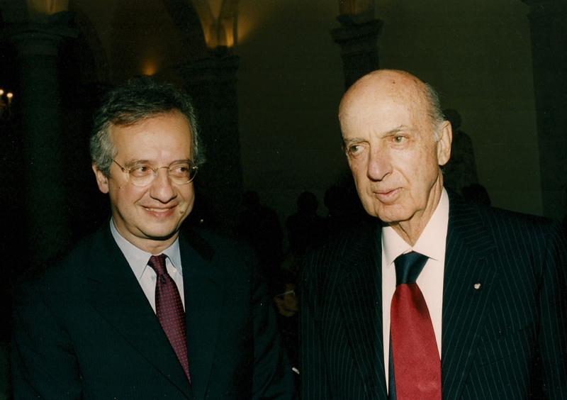 Ruspoli con Veltroni in visita alla Casa dei barboni intitolata a Santa Giacinta.