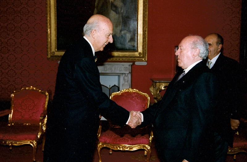 Ruspoli col presidente di Malta De Marco in occasione delle credenziali come ambasciatore dell'Ordine di Malta